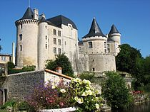 Chateau Verteuil.JPG