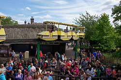 Chessington World of Adventure and Zoo Safari Skyway.jpg