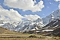 Chogakhor montains كوههاي اطراف تالاب چغاخور - panoramio.jpg