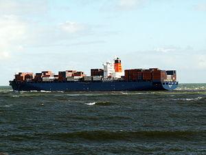 Cholguan IMO 9294812 leaving Port of Rotterdam, Holland 29-Apr-2006.jpg