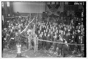 Consolidated Stock Exchange of New York - Christmas at the Consolidated Stock Exchange in 1915