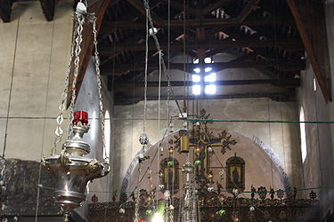 Church of the Nativity interior 2010 5.jpg