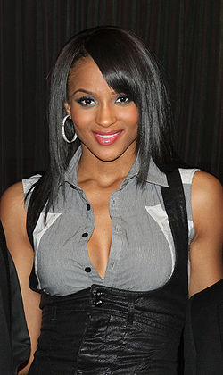 Ciara la Hip-Hop Summit Action Network's Action Awards din 2009