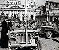 Clark a Piazza San Pietro.jpg
