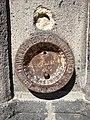 Clermont-Ferrand - Ancien repère de nivellement cathédrale (juil 2020).jpg