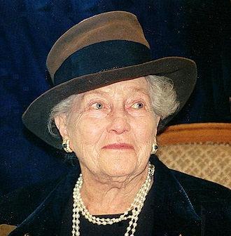 Princess Isabelle of Orléans-Braganza - Image: Comtesse de Paris 1995