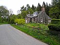 Cottage on western edge of Drumlanrig estate - geograph.org.uk - 1326044.jpg