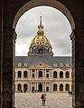Cour d'honneur des Invalides and Cupola of Dôme des Invalides (29519148381).jpg