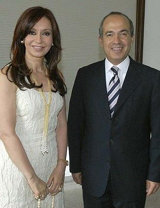 Felipe Calderón - President of Argentina Cristina Fernández de Kirchner (left) and Felipe Calderón