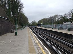 Croxley station look north2