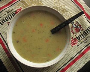 Cucumber soup - Image: Cucumber soup