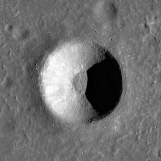 Curtis (crater) lunar crater