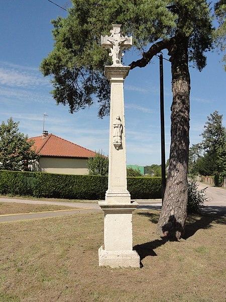Dammarie-sur-Saulx (Meuse) croix de chemin