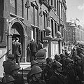 De prins in Den Haag bij het Stadhuis, Bestanddeelnr 900-4754.jpg