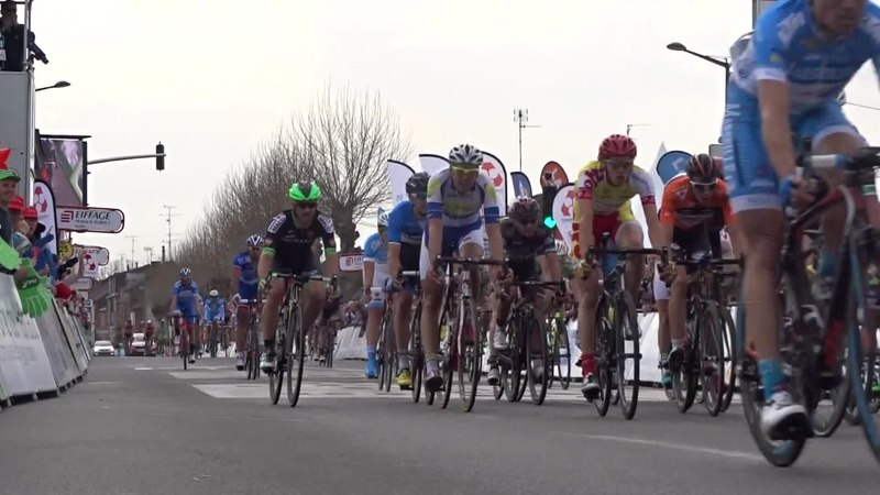 File:Denain - Grand Prix de Denain, 16 avril 2015 (D74A).ogv