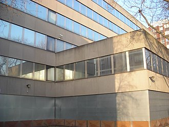 Cherry Orchard Road - Image: Derelict Croydon offices