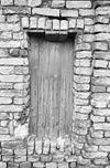 foto van Huis onder een dwars zadeldak met het nummer 16