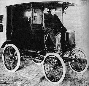 Detroit Automobile Company Delivery Truck 1900.jpg