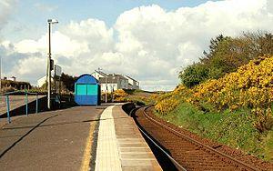Coleraine–Portrush line - Image: Dhu Varren railway station 1