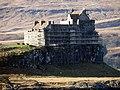 Duart Castle (31108220397).jpg