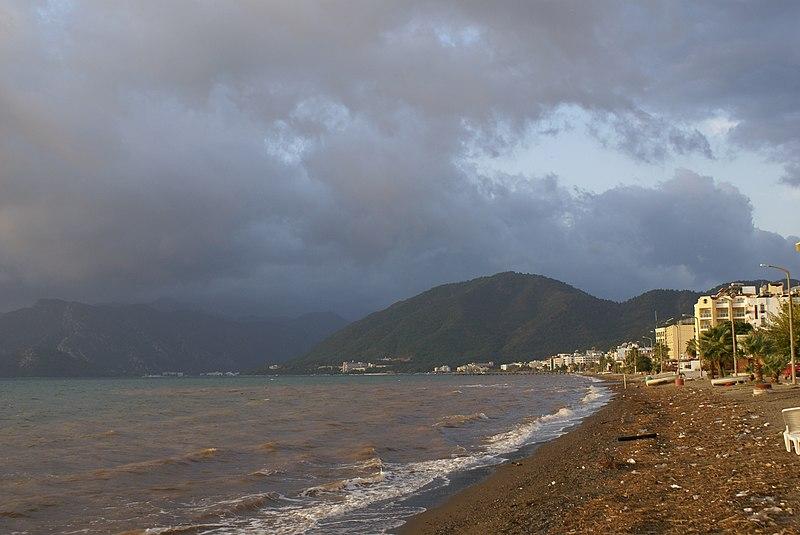File:Eğridir gölü - panoramio.jpg