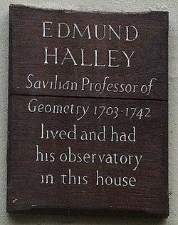Photo of Edmund Halley brown plaque