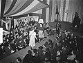 Een modeshow tijdens een bijeenkomst van de Nederlandse Bond van Plattelandsvrou, Bestanddeelnr 904-4336.jpg