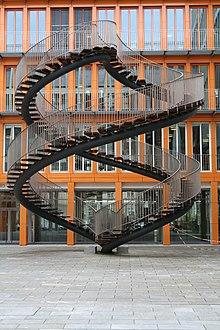 Trap gebouw wikipedia for Looplijn trap