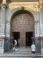 Entrada publica para la Iglesia de Catedral de Granada.jpg