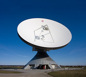 Parabolic antenna - A large parabolic satellite communications antenna at Erdfunkstelle Raisting, the biggest facility for satellite communication in the world, in Raisting, Bavaria, Germany. It has a Cassegrain type feed.
