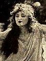 Evelyn Nelson (1919).jpg