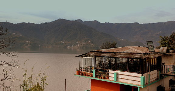 FEWA LAKE VIEW AND LODGE RESTAURANT POKHARA NEPAL FEB 2013 (8569346652).jpg