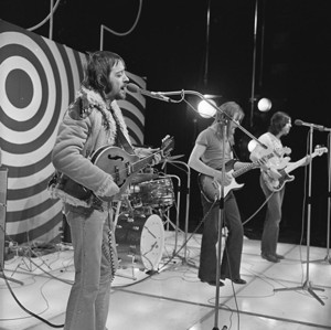 British folk rock - Fairport Convention in a Dutch television show in 1972