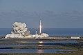 Falcon Heavy despegando 07.jpg