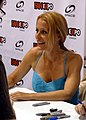 Fan Expo 2012 - Gillian Anderson 08 (7891577402).jpg