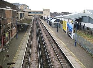 Feltham railway station - Image: Feltham railway station (1) geograph.org.uk 1159906