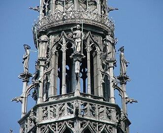 Flèche Cathédrale d'Amiens 300908 2.jpg