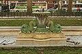Fontaine aux dauphins - Place de la République.jpg