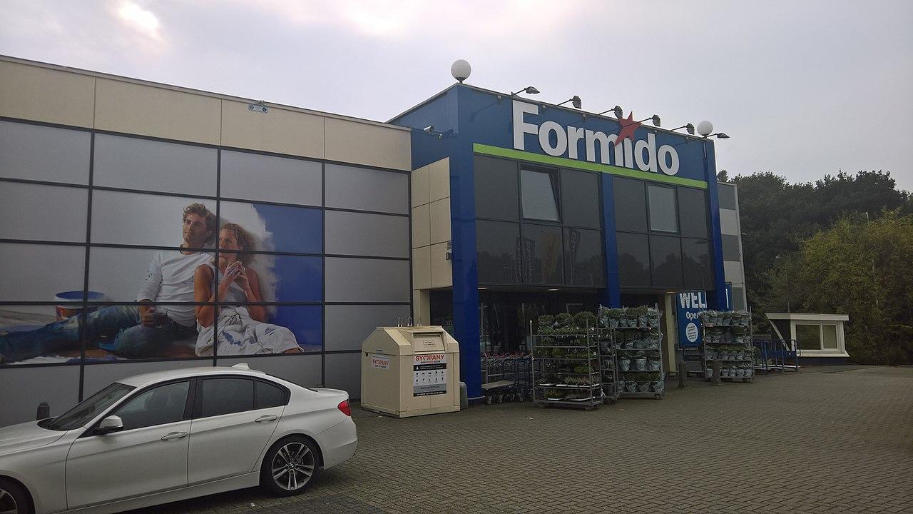 File:Formido Bouwmarkten, Winschoten (2017) 01.jpg ...