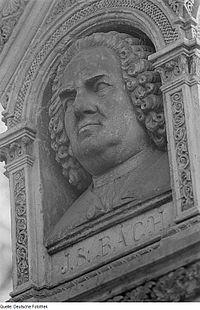 Fotothek df roe-neg 0006209 002 Relief mit dem Gesicht Johann Sebastian Bachs am.jpg