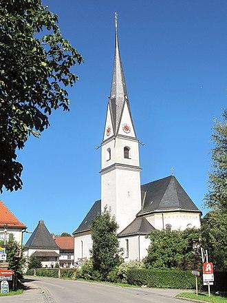 Frasdorf - Image: Frasdorf, die Sankt Margareta Kirche foto 2 2012 08 07 09.50