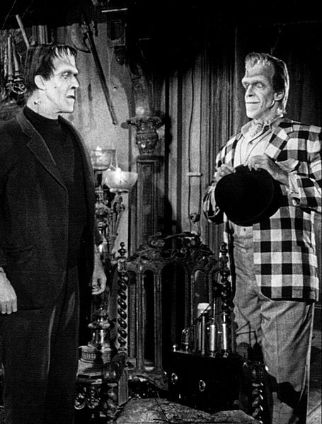 File:Fred Gwynne Herman and brother Charlie The Munsters.jpg