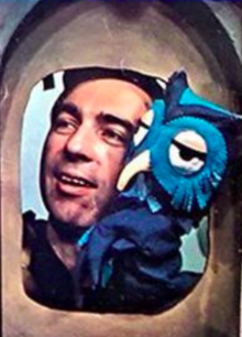 Fred Rogers and X the Owl Look Magazine photo 1969.png