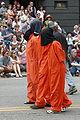 Fremont Solstice Parade 2007 - hooded prisoners 01A.jpg
