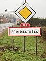 Froidestées-FR-02-panneau d'agglomération-a1.jpg