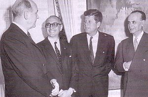Foreign relations of Argentina - President Frondizi (2nd from left) hosts President John F. Kennedy in United States, 1961.