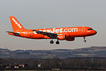 "G-EZUI A320 Easyjet ""200th Airbus"" (25328450526).jpg"