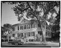 GENERAL VIEW, NORTHWEST CORNER - 117 Broad Street (House), Charleston, Charleston County, SC HABS SC,10-CHAR,218-1.tif