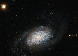 Galaxies_spiralling_around_Leo.jpg