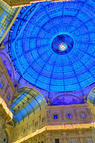 Galleria Vittorio Emanuele II - Bottom view during Christmas 2009